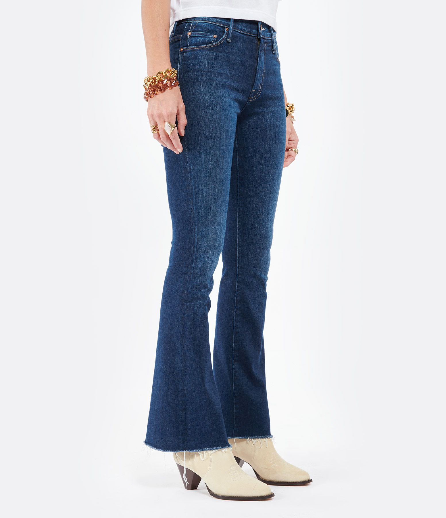MOTHER - Jean The Weekender Fray Denim Home Movies