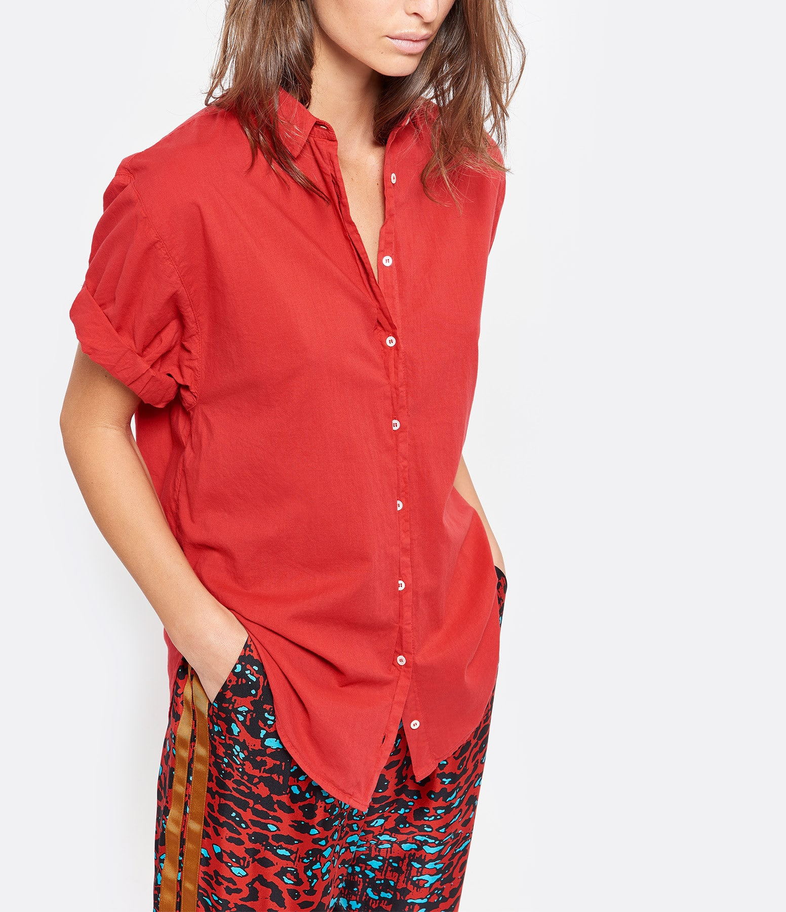 XIRENA - Chemise Channing Coton Rouge