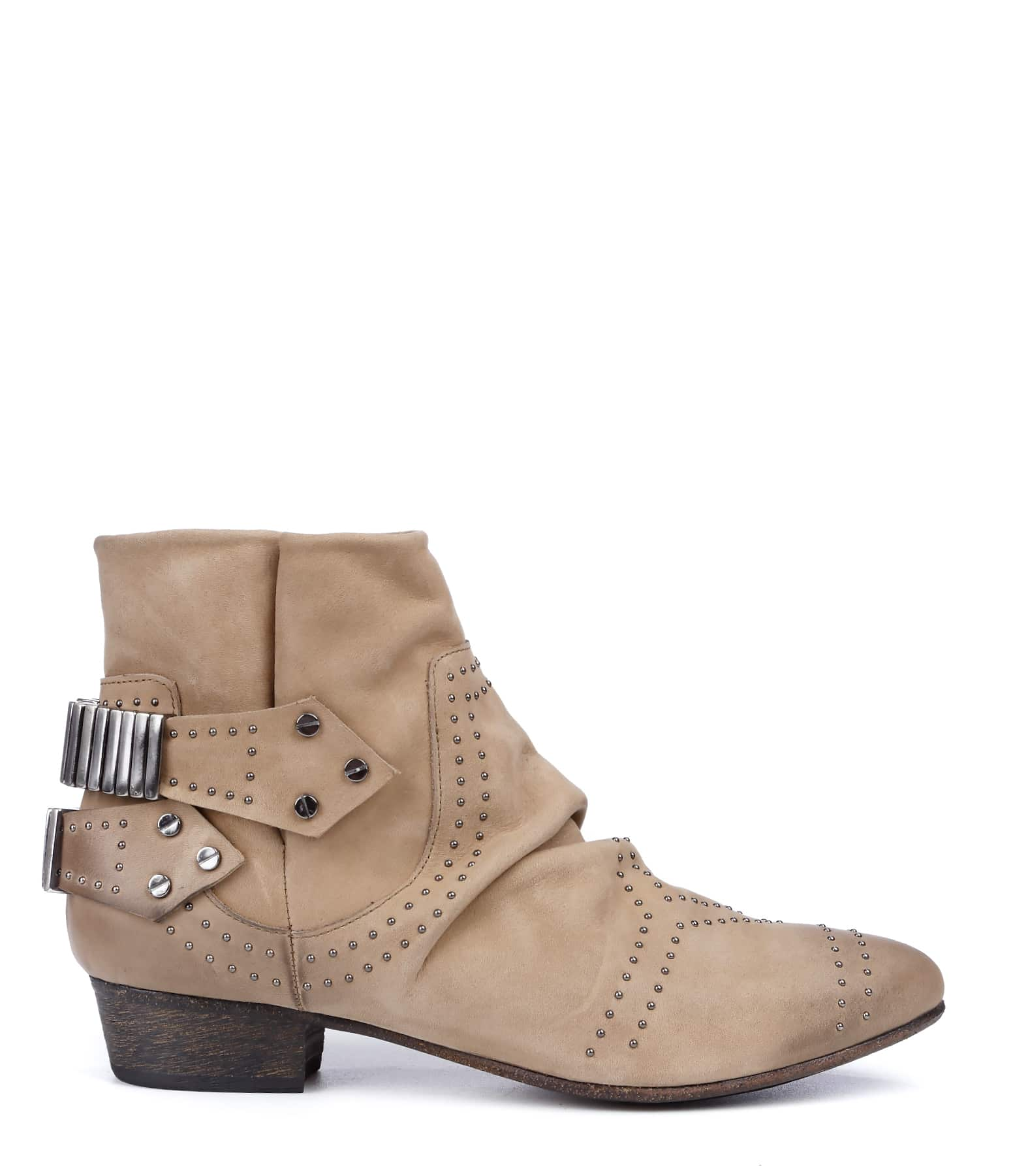 Boots Lo Stud Nubuck Beige