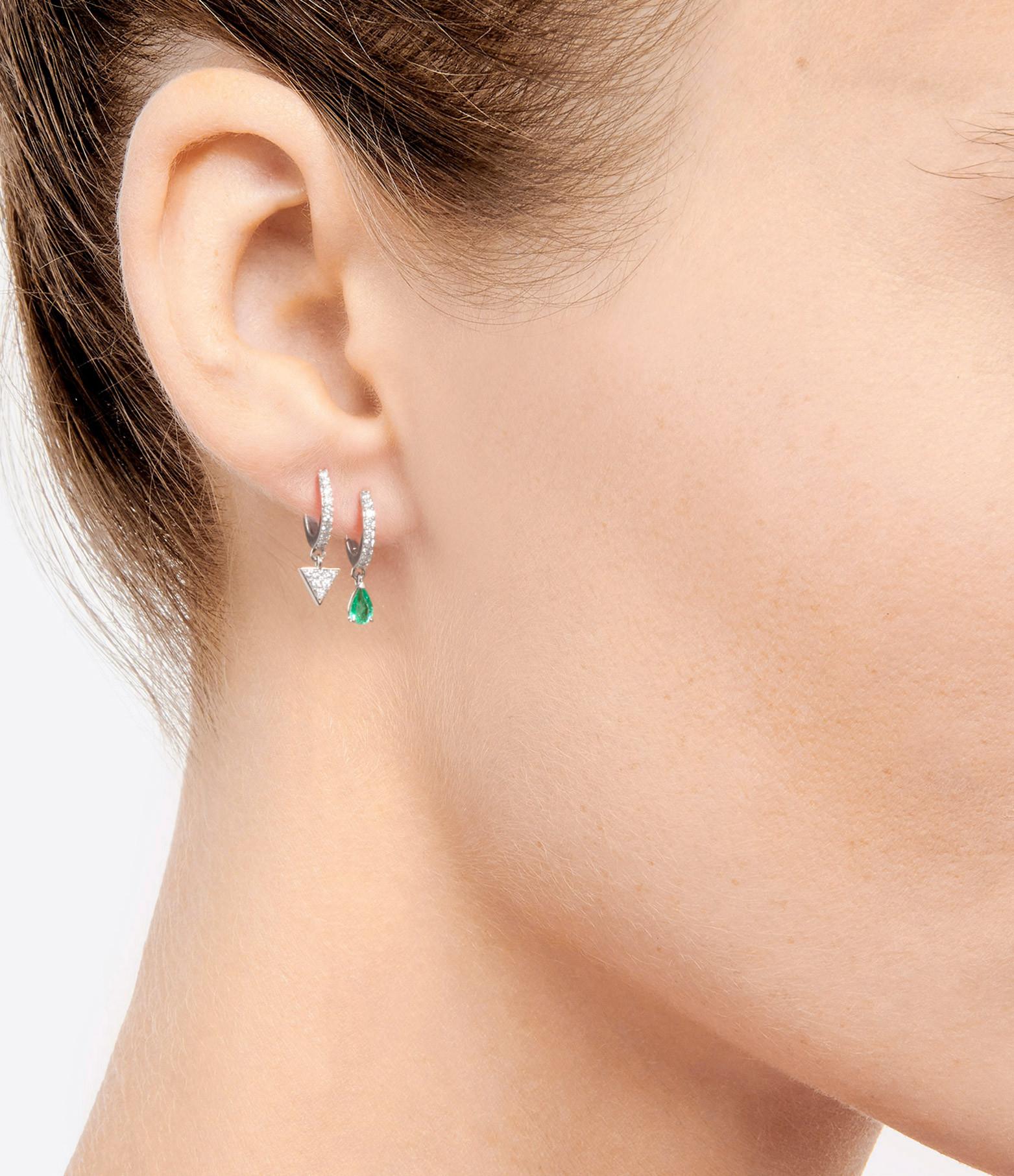 NAVA JOAILLERIE - Boucle d'oreille Elly Émeraude Or Blanc (vendue à l'unité)