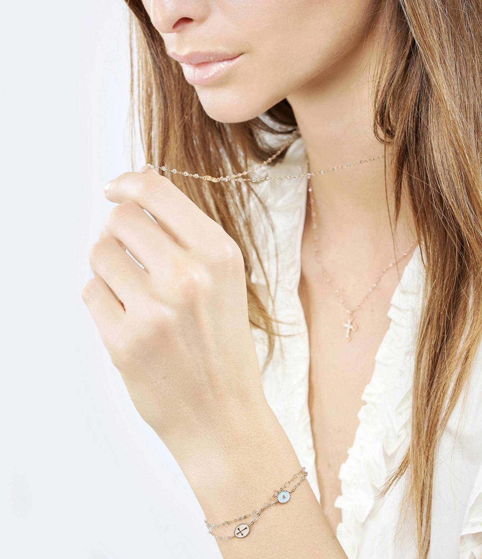 GIGI CLOZEAU - Bracelet Perles Résine Médaille Croix Transparents