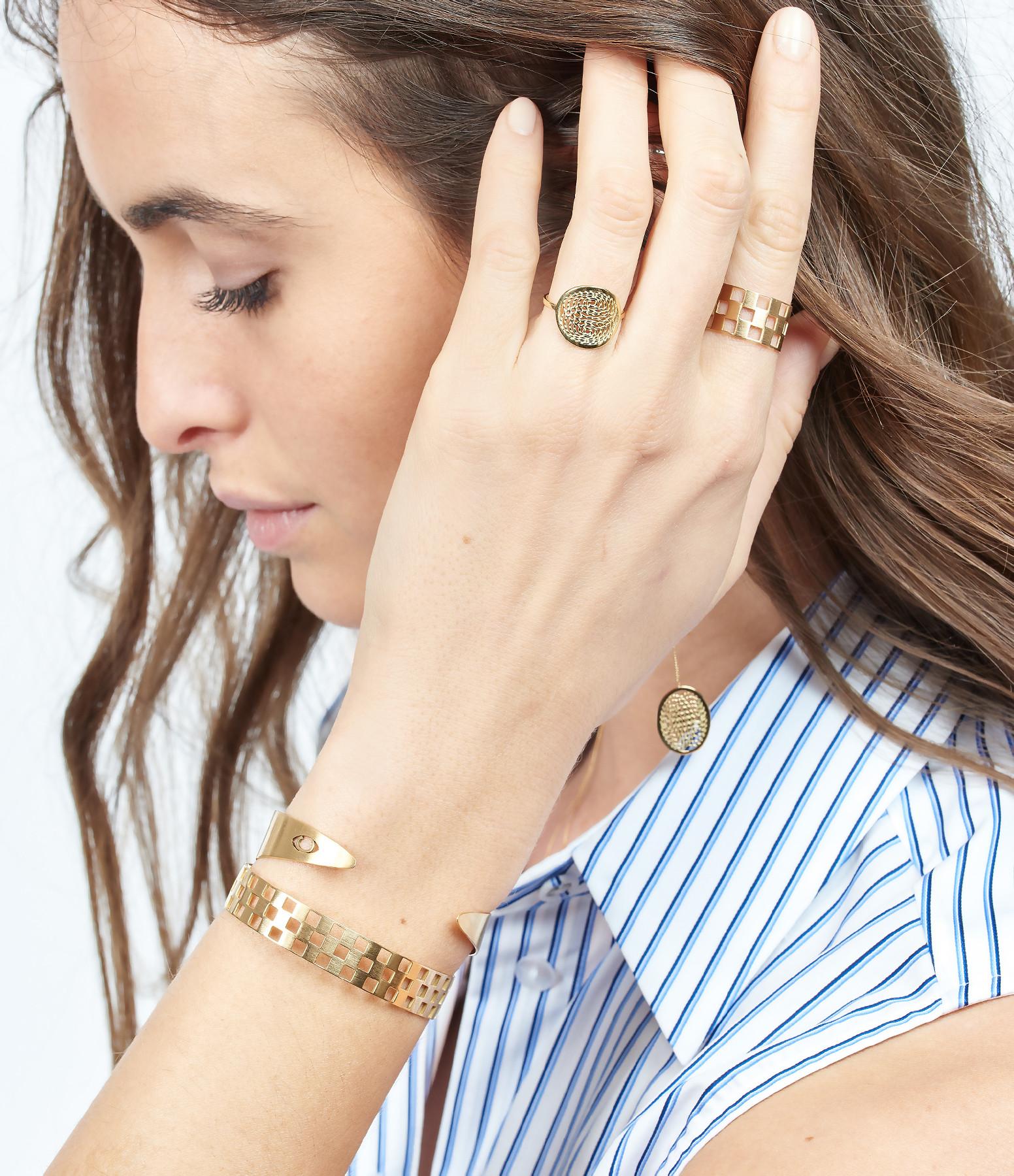 Boucle d'oreille Longue Médaille Aura (vendue à l'unité) - Charlet