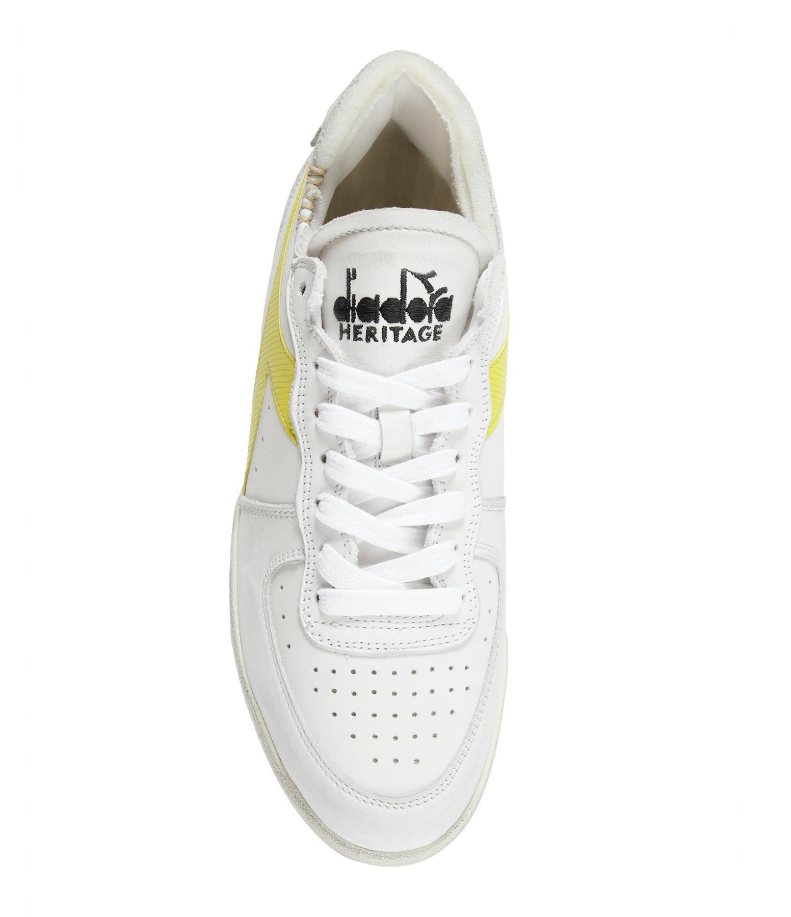 DIADORA - Baskets Mi Basket Row Cut Cuir Blanc Jaune
