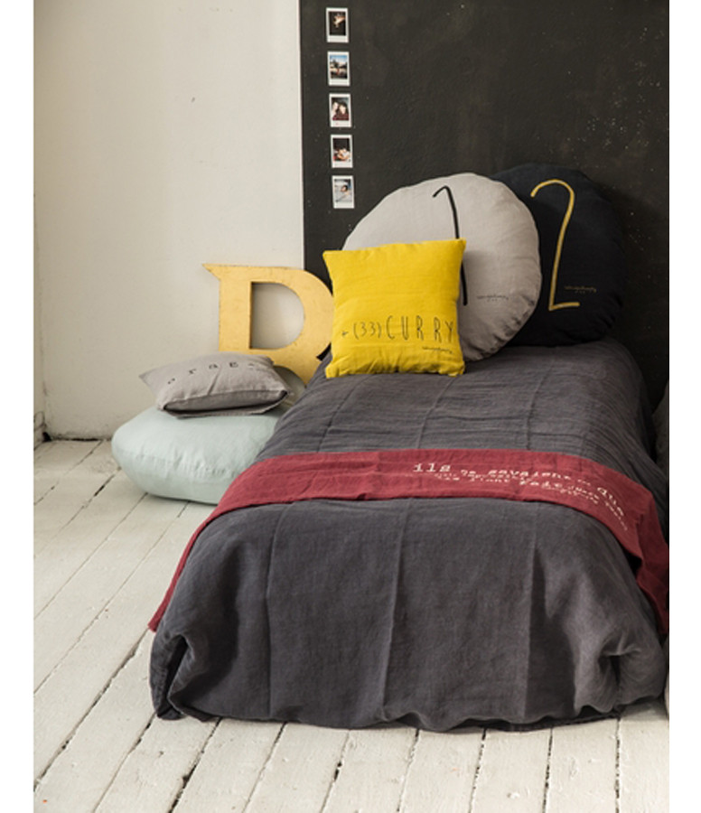 Coussin Shining Lin Orage Print Noir 65 cm - Bed and Philosophy