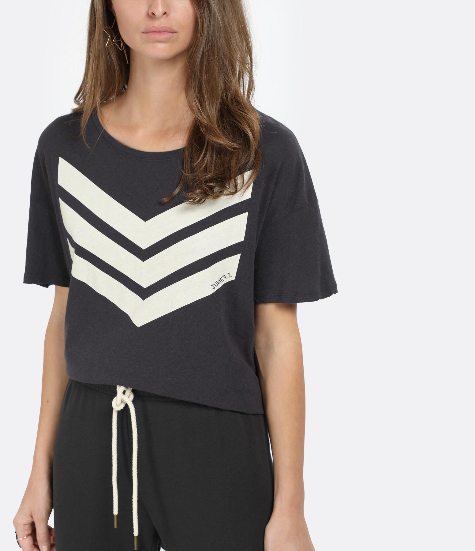 JUNE 7.2 - Tee-shirt Uma Coton Lin Charbon Logo Blanc