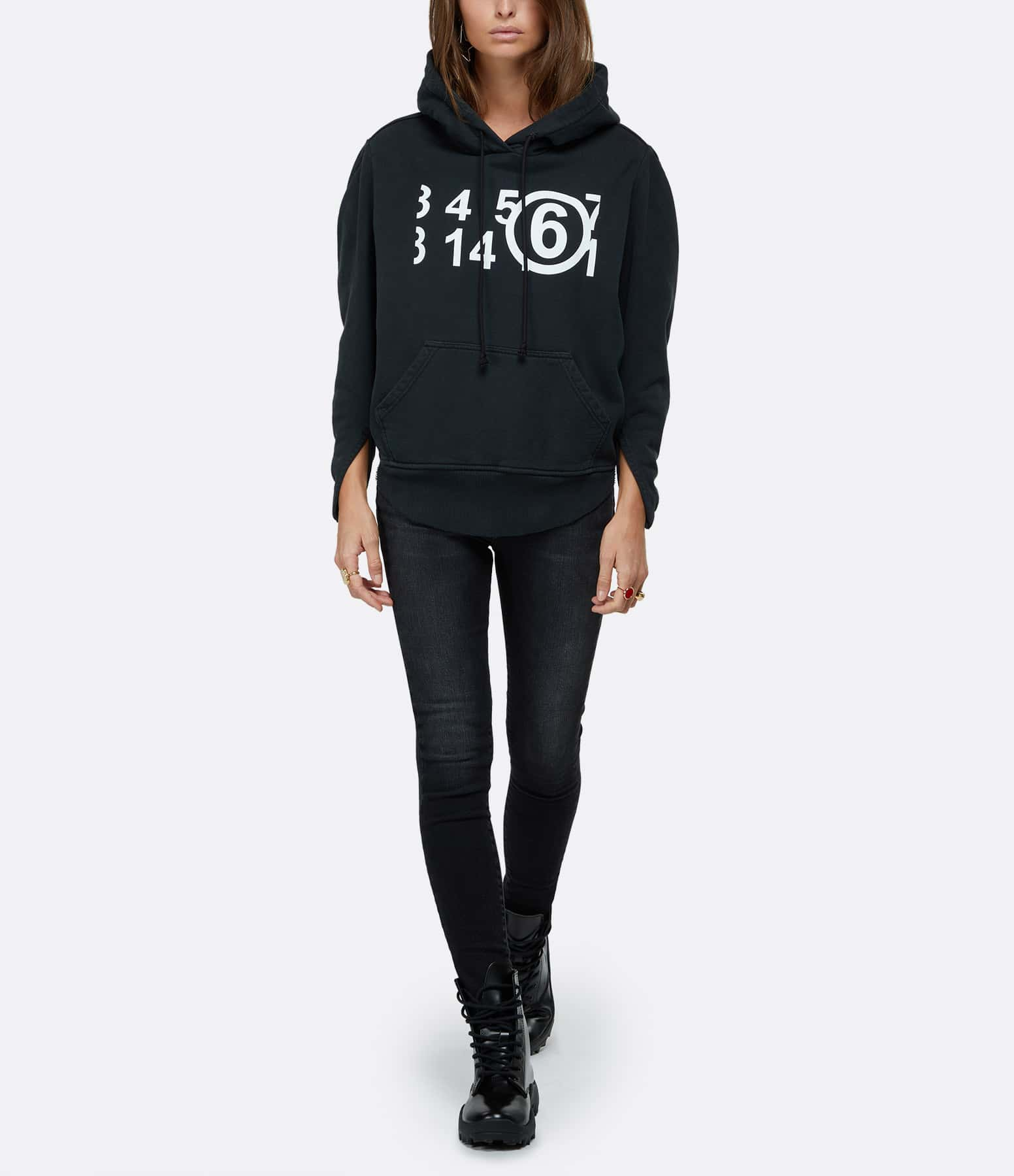 MM6 MAISON MARGIELA - Sweatshirt Oversize Noir, Collection Studio