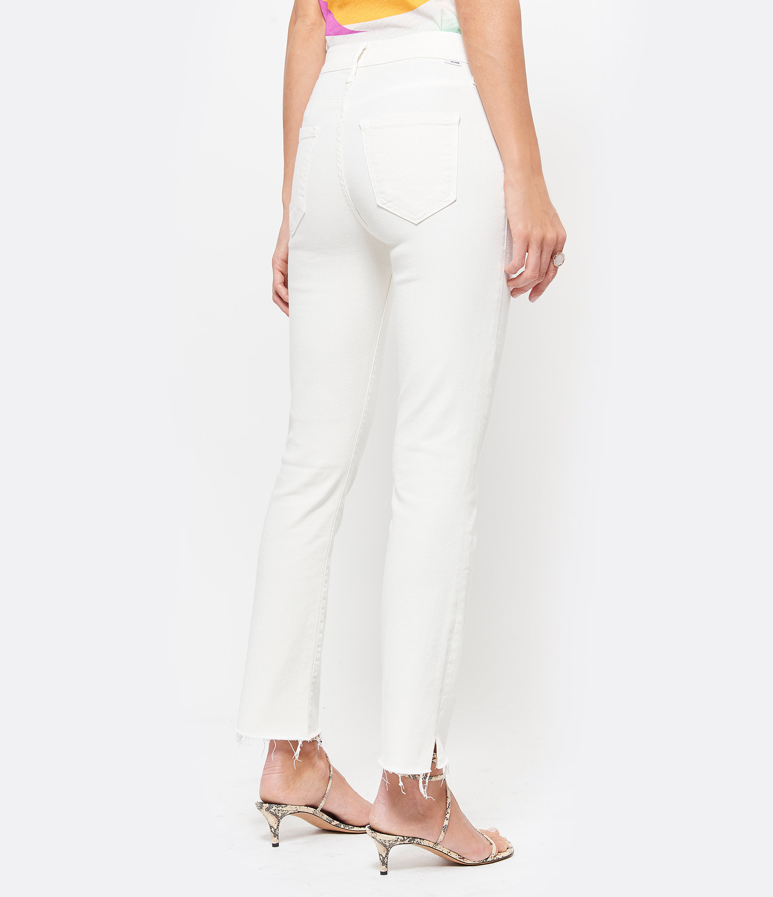 MOTHER - Jean The Rascal Ankle Snippet Cream Puff