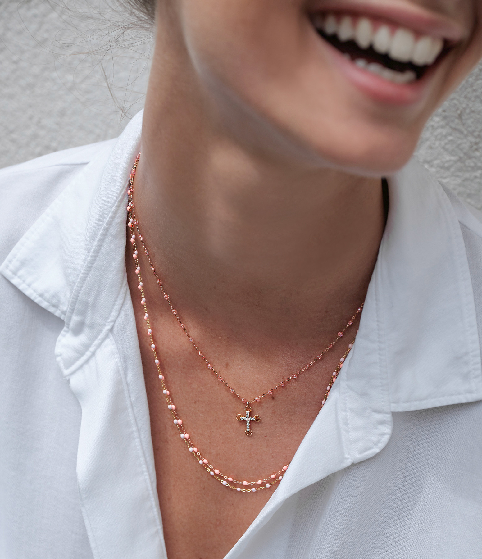 GIGI CLOZEAU - Collier Croix Madone Perles Résine Or