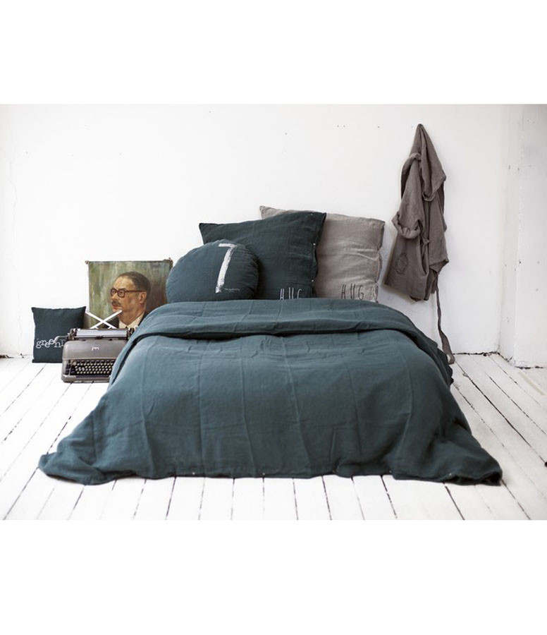 BED AND PHILOSOPHY - Grand Coussin Hug Lin Orage Print Noir