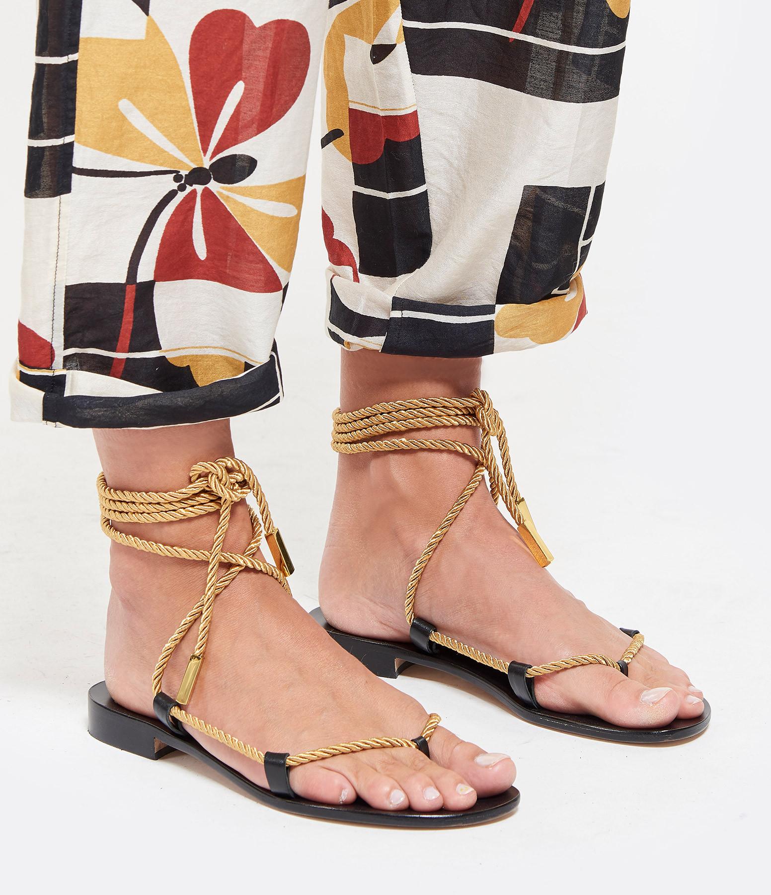 TARAH BLANCHE - Cordes Sandales Or Vielli