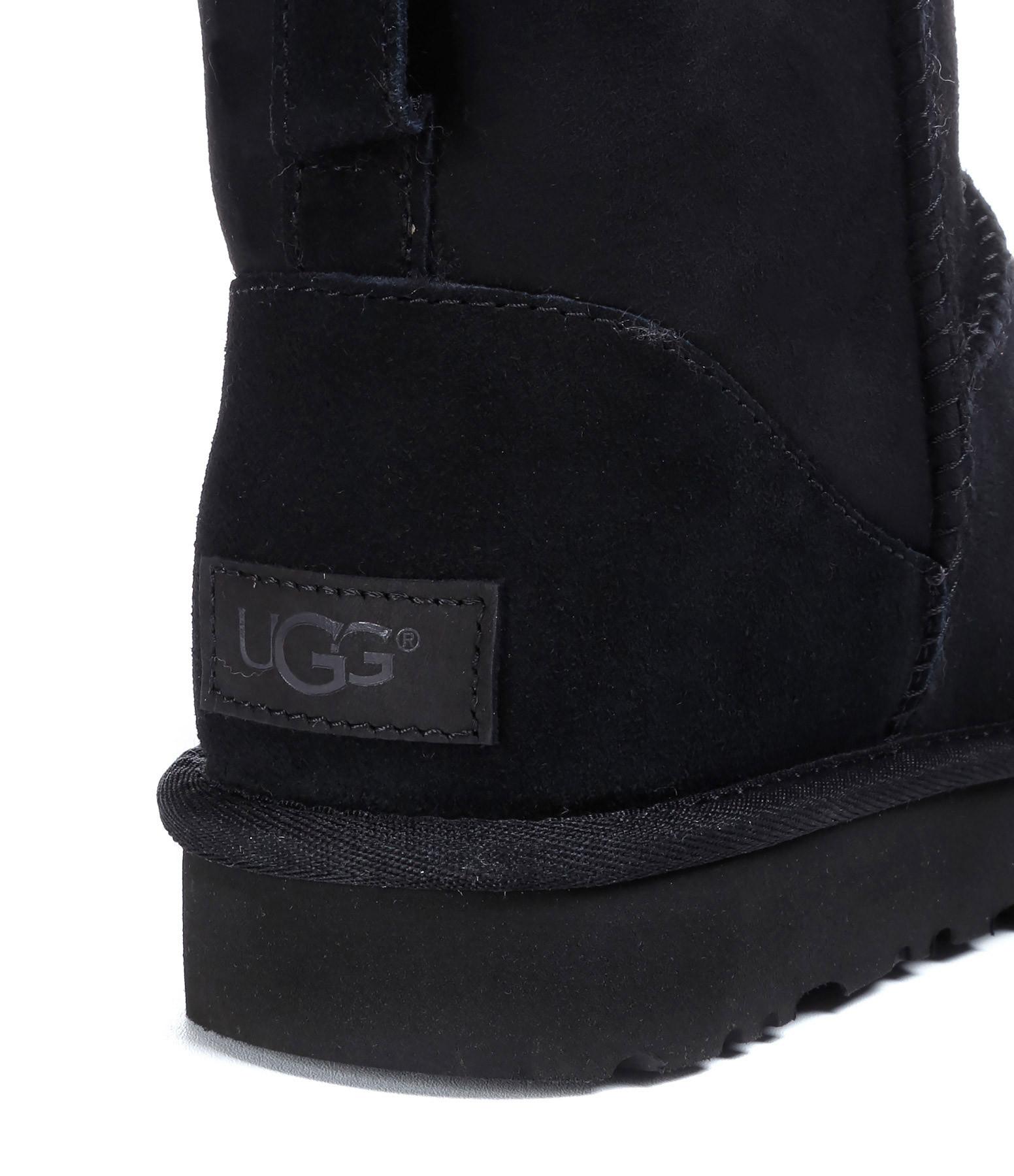 UGG - Boots Classic Mini II Noir