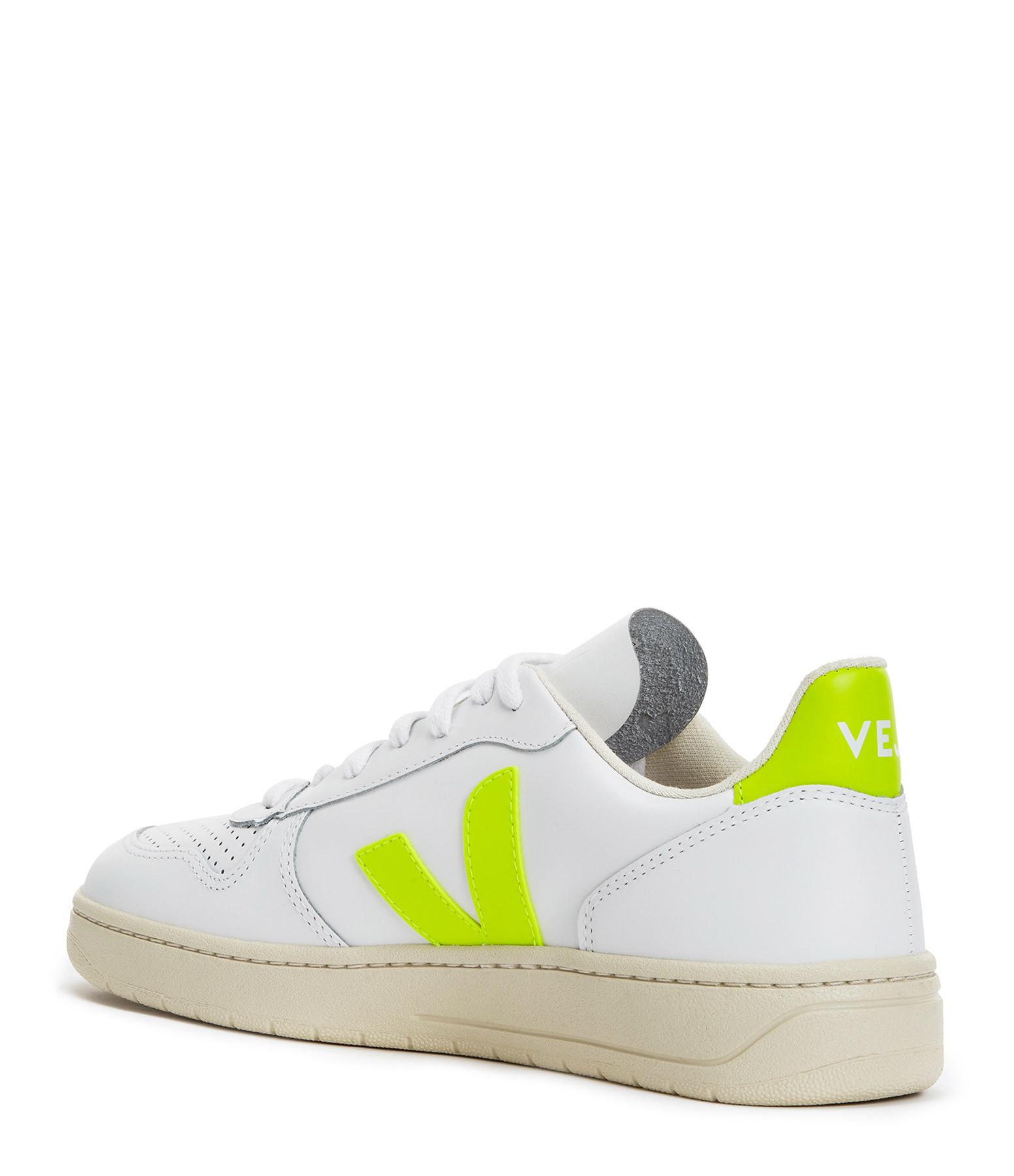 VEJA - Baskets V-10 Cuir Extra Blanc Jaune Fluo