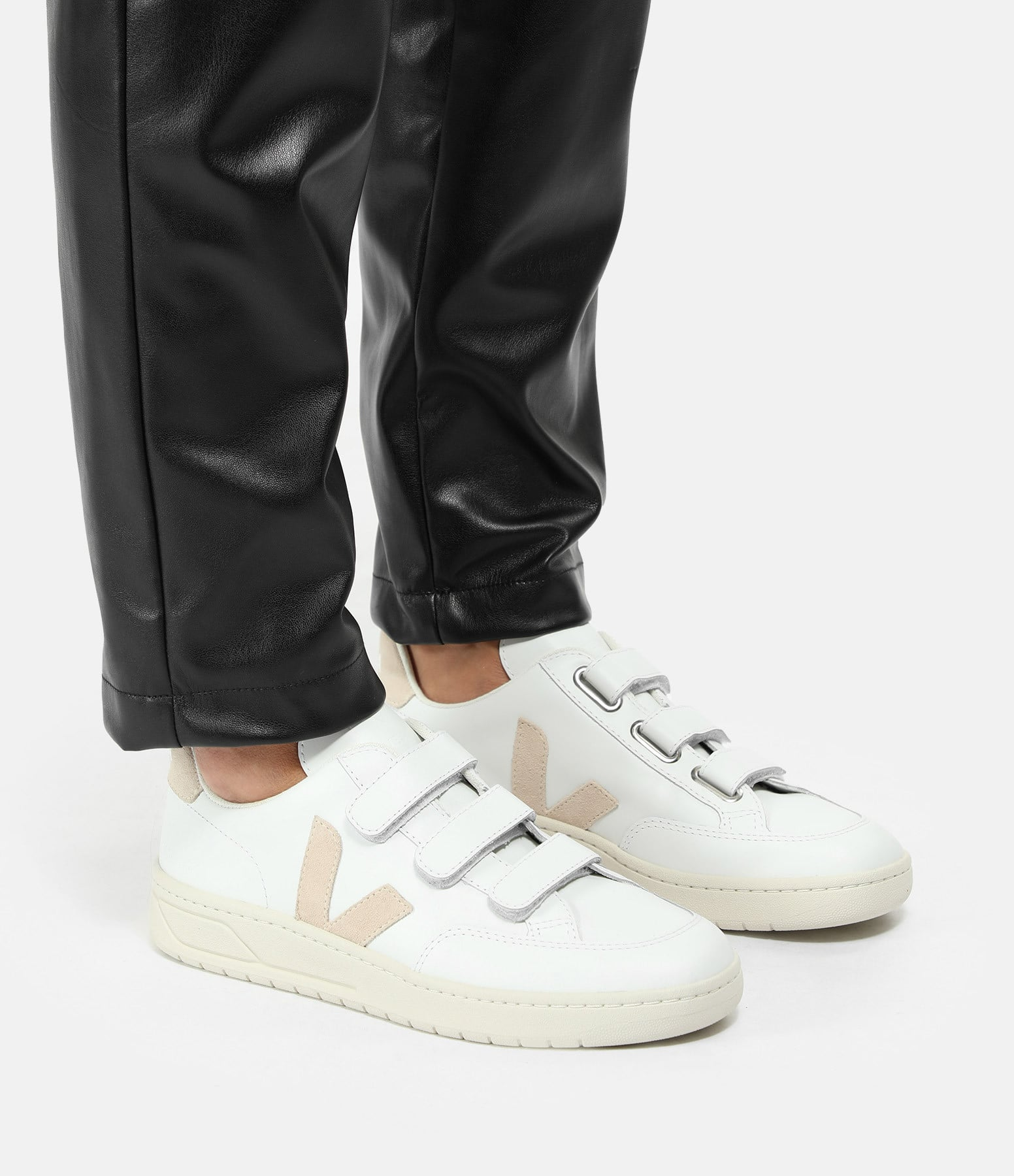 VEJA - Baskets V-Lock Cuir Extra Blanc Sable