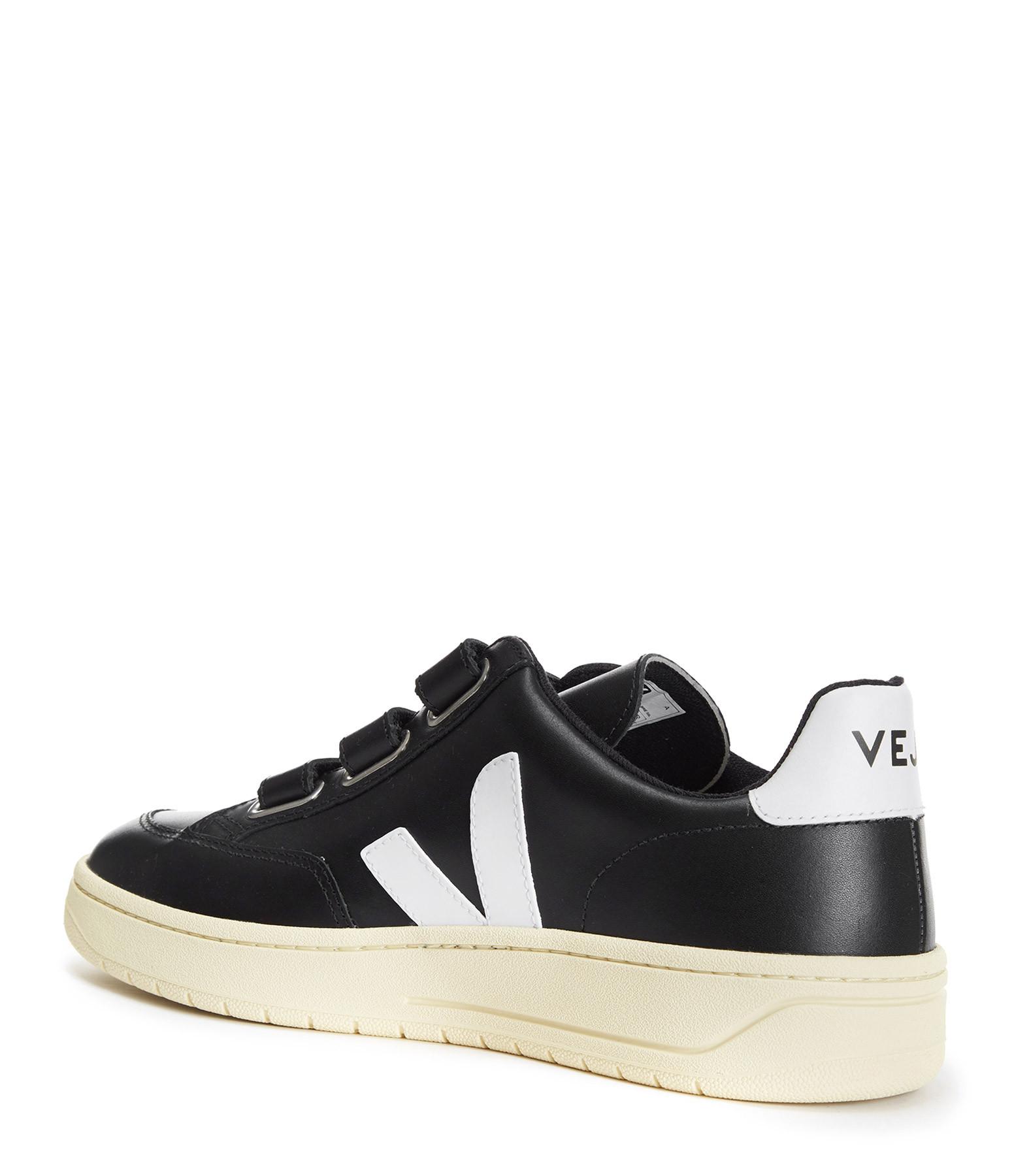 VEJA - Baskets V-Lock Cuir Noir Blanc