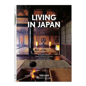 Livre Living in Japan